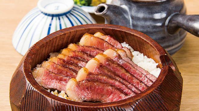 うなぎ海鮮料理 六なぎ(むなぎ)